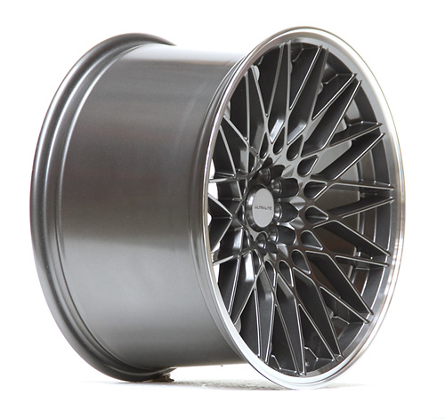 UL02-1815-1GM / ULTRALITE - 18 x 10.5 INCH - ET40  - 100+112x5 PCD GUN METAL GREY - POLISHED RIM
